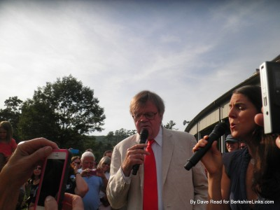 Pre-show serenade by Garrison Keillor and Heather Masse Tanglewood June 28, 2014