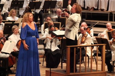 Elena Manistina joined Stephane Deneve and the BSO for Prokofiev's Alexander Nevsky, 8.15.14 (Hilary Scott)