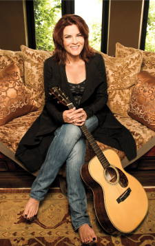 2015 Mahaiwe schedule features Roseanne Cash