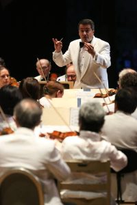 Jacques Lacombe leads the Boston Symphony on Opening Night of the Tanglewood Season 7.3.15 (Hilary Scott)