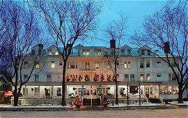 Berkshires hotels - book rooms at the Red Lion Inn or elsewhere