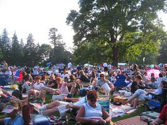 James Taylor fans on Tanglewood lawn.