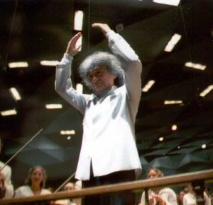 Seiji Ozawa conducts Tanglewood on Parade July 31, 2001.