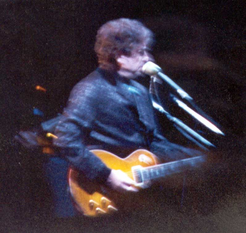 Bob Dylan in concert at Tanglewood, August 4, 1997
