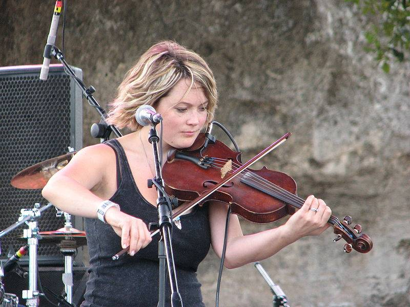 Sara Watkins on A Prairie Home Companion at Tanglewood schedule; photo Michael Waehner