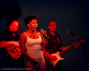 Bettye Lavette onstage at the 2009 San Jose Jazz Festival