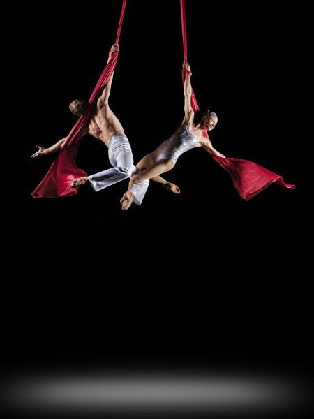 Cirque de la Symphonie aerial duo Alexander Streltsov and Christine Van Loo