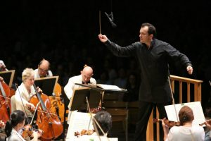 Andris Nelsons conducting the BSO at Tanglewood (Hilary Scott)